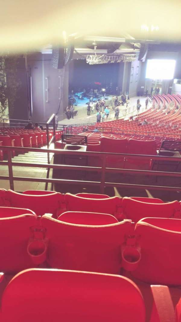 The Greek Theatre, sección: North Terrace L2, fila: P, asiento: 56