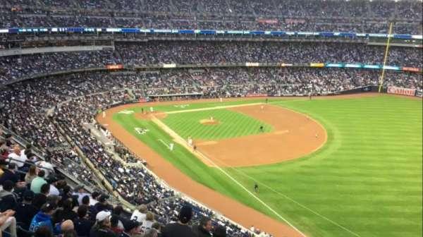 Yankee Stadium, sección: 310W, fila: 8WC, asiento: 1