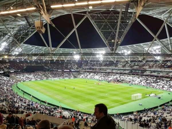 London Stadium, sección: 244, fila: 56, asiento: 198