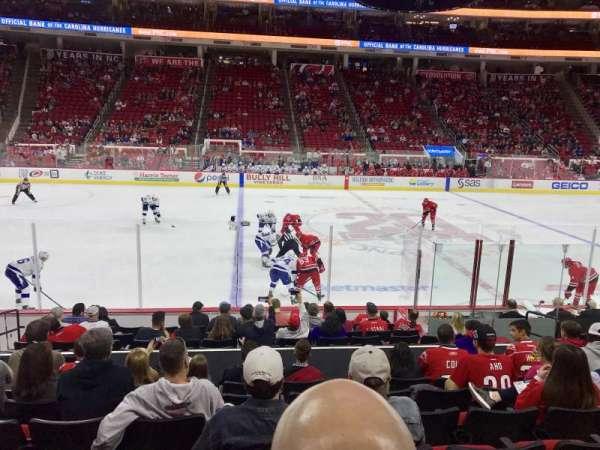 PNC Arena, sección: 120, fila: M, asiento: 8
