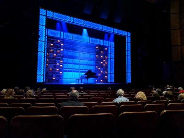Sydney Lyric, sección: Stalls, fila: H, asiento: 17