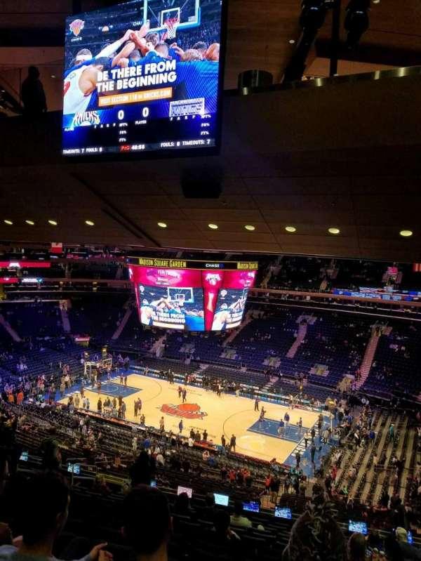 Madison Square Garden, sección: 213, fila: 14, asiento: 15