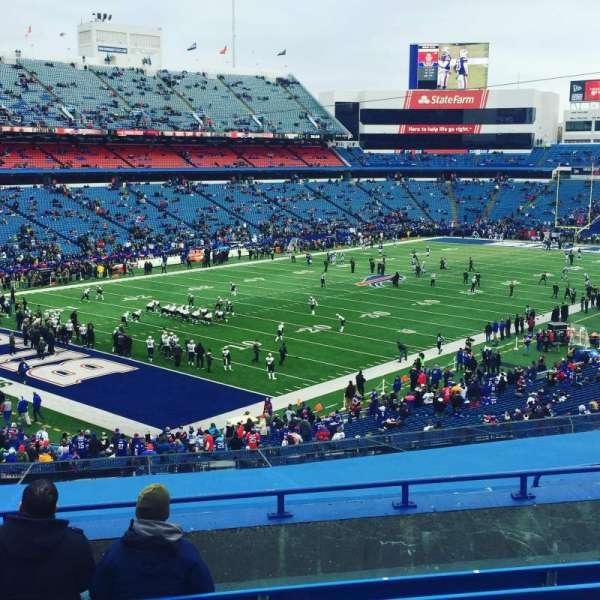 New Era Field, sección: 240, fila: 9, asiento: 15