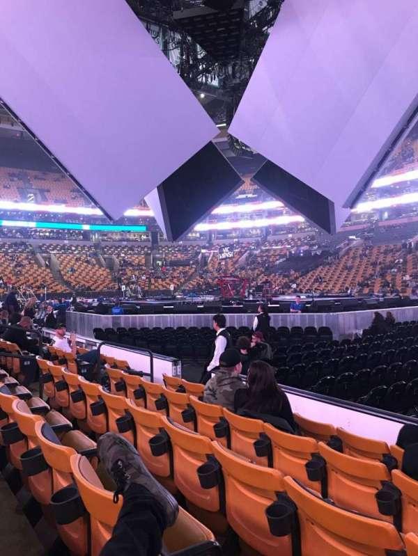 TD Garden, sección: Loge 21, fila: 5, asiento: 3-4