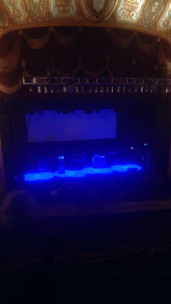 The Fillmore Detroit, sección: Love 3, fila: CC, asiento: 9
