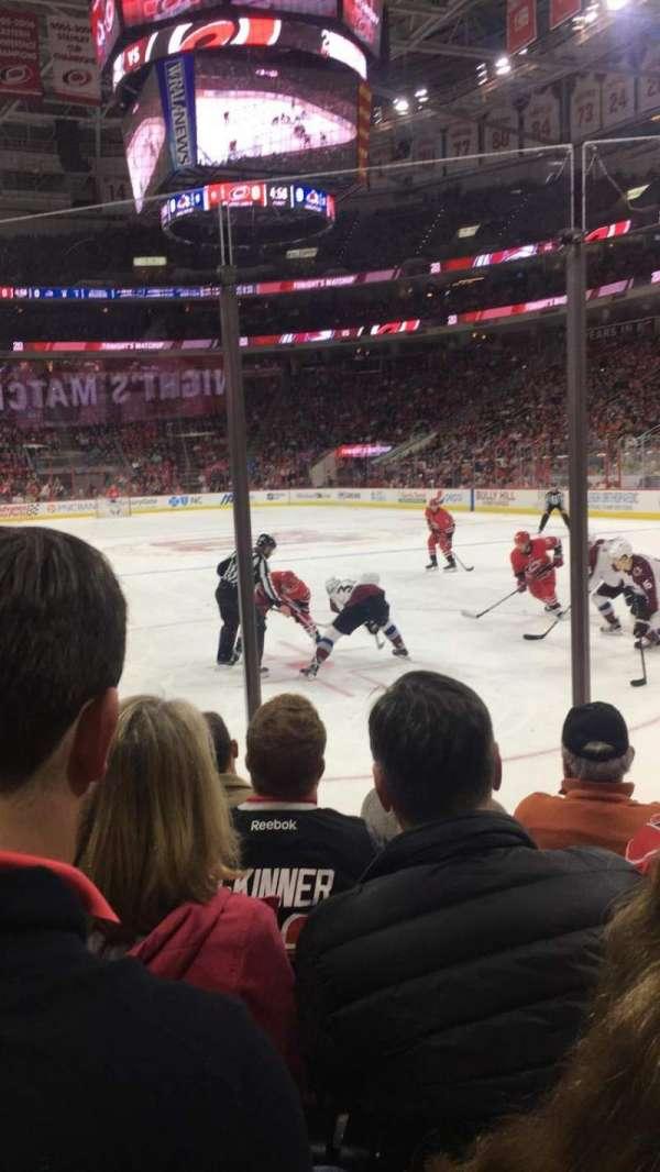 PNC Arena, sección: 128, fila: E, asiento: 9