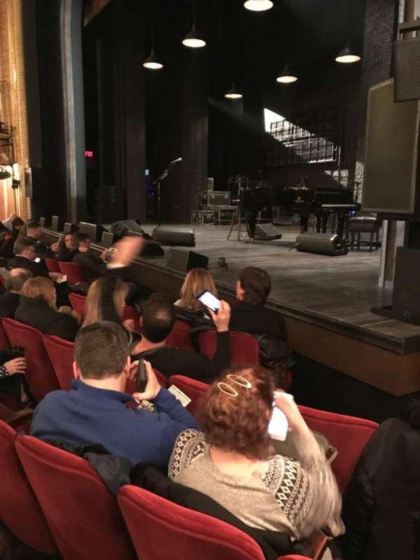 Walter Kerr Theatre, sección: Orch Right, fila: F, asiento: 16
