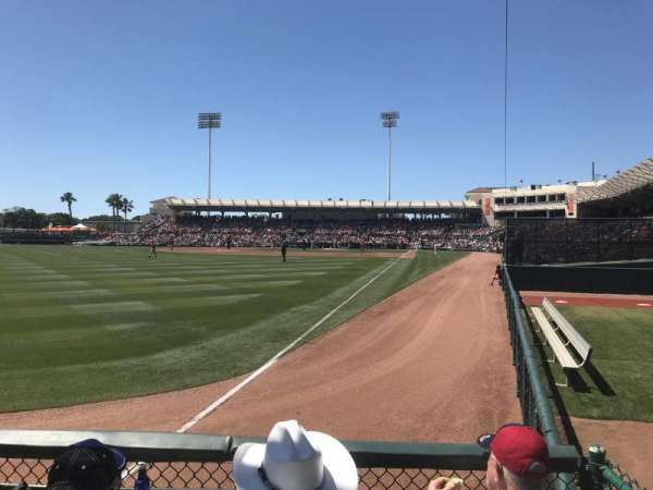 Ed Smith Stadium, sección: 127, fila: 2, asiento: 17