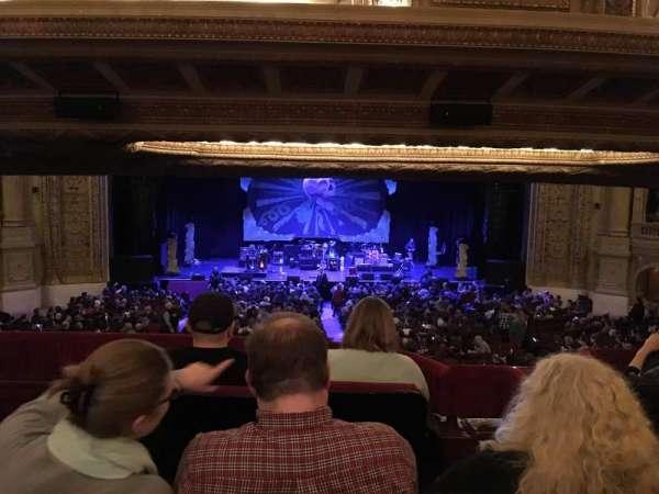 Chicago Theatre, sección: Booth N, asiento: 1-2