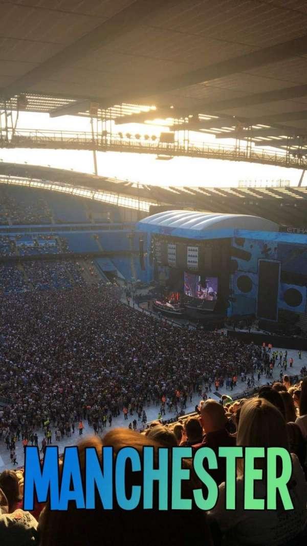 Etihad Stadium (Manchester), sección: 306, fila: BB, asiento: 178