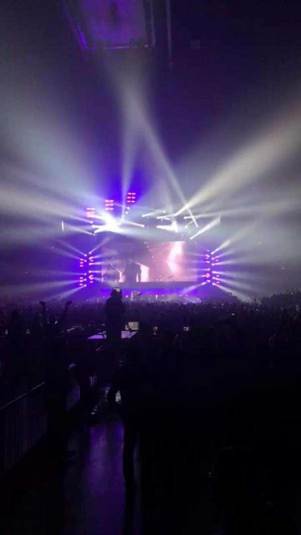Honda Center, sección: 227, fila: B, asiento: 11