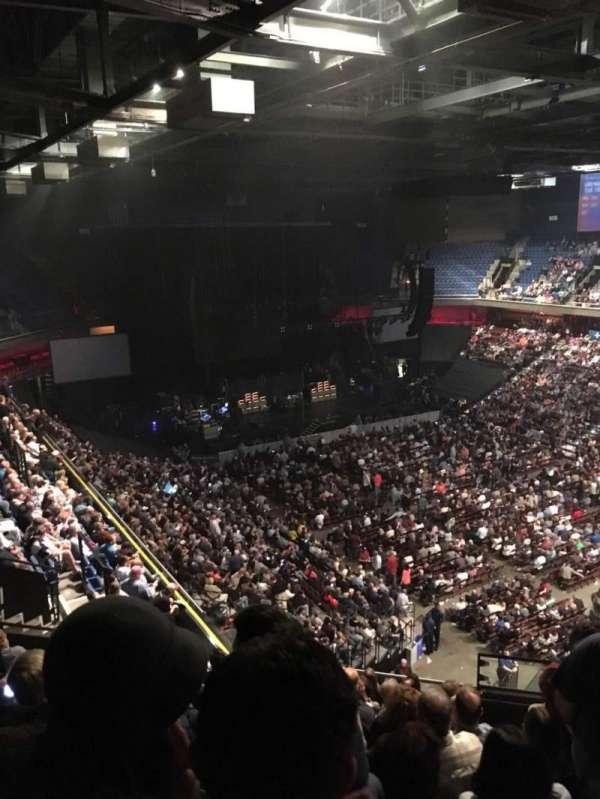 Mohegan Sun Arena, sección: 115, fila: M, asiento: 10