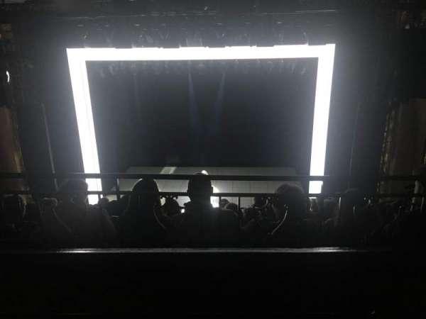 Lunt-Fontanne Theatre, sección: Rear Mezzanine RC, fila: A, asiento: 106