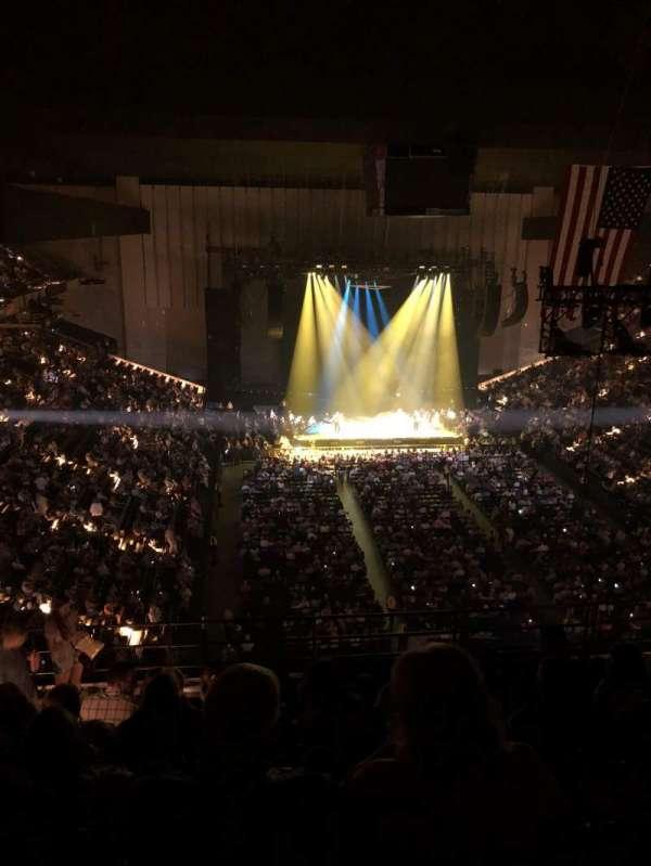 Royal Farms Arena, sección: 327, fila: K, asiento: 14