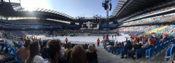 Etihad Stadium (Manchester), sección: 114, fila: P, asiento: 355