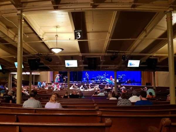 Ryman Auditorium, sección: MF-3, fila: Z, asiento: 8
