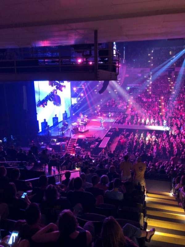 Royal Farms Arena, sección: 207, fila: L, asiento: 1
