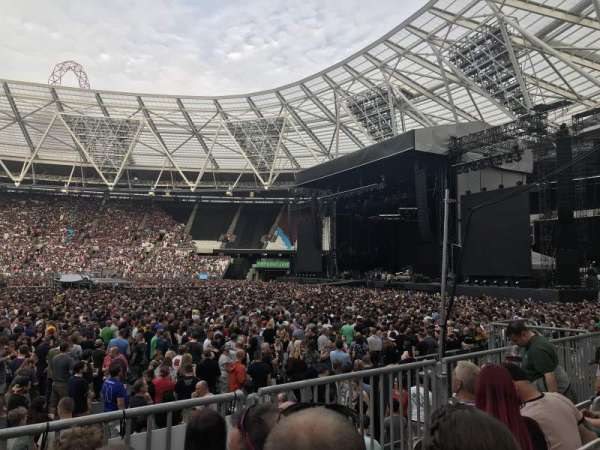 London Stadium, sección: 110, fila: 11, asiento: 263