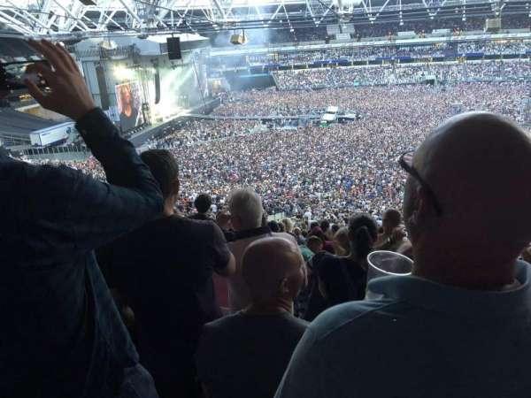 London Stadium, sección: 235, fila: 60, asiento: 242