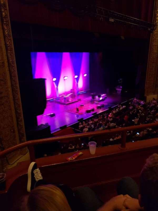 Chicago Theatre, sección: Loge1L, fila: BB, asiento: 105/107