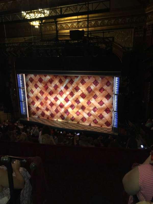 Brooks Atkinson Theatre, sección: Rear mezzanine Right, fila: G, asiento: 2