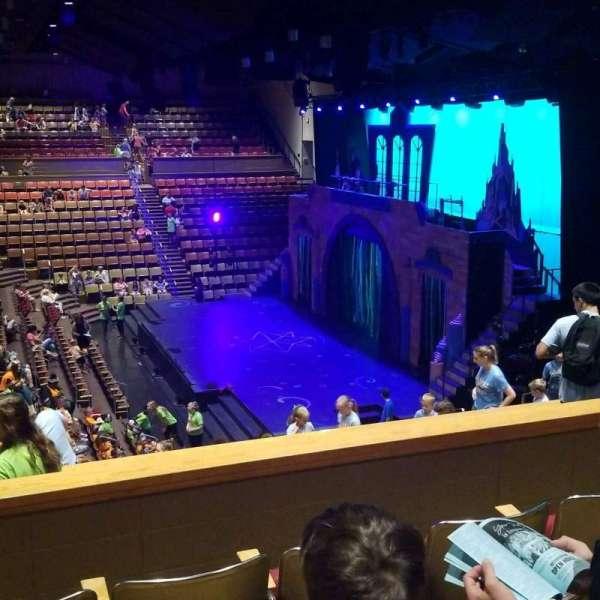 Upper Darby Performing Arts Center, sección: Right Side Balcony, fila: P, asiento: 124