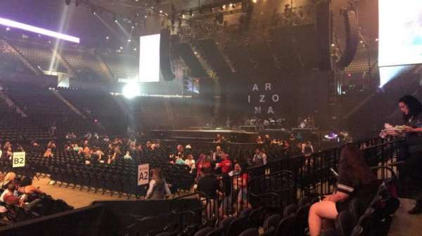 Nassau Veterans Memorial Coliseum, sección: 4, fila: 6, asiento: 7