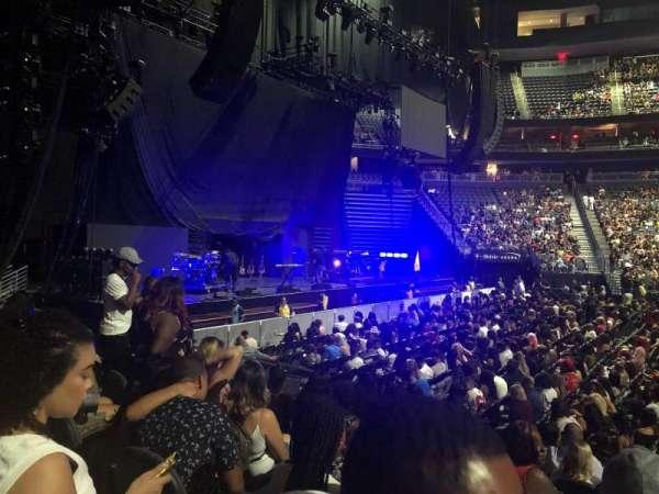 T-Mobile Arena, sección: 4, fila: D, asiento: 11