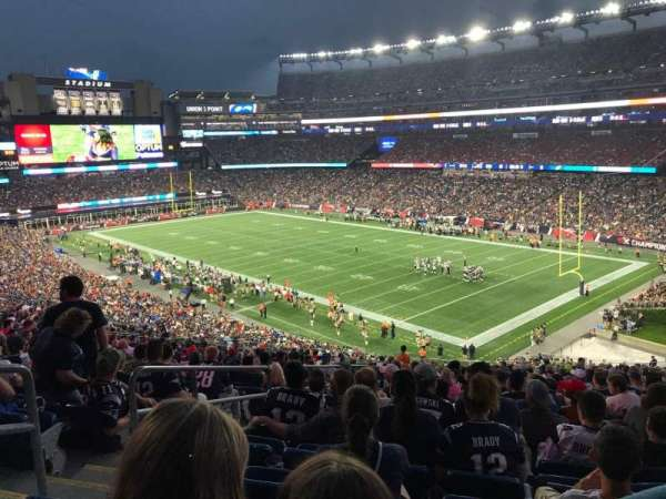 Gillette Stadium, sección: 203, fila: 24, asiento: 27