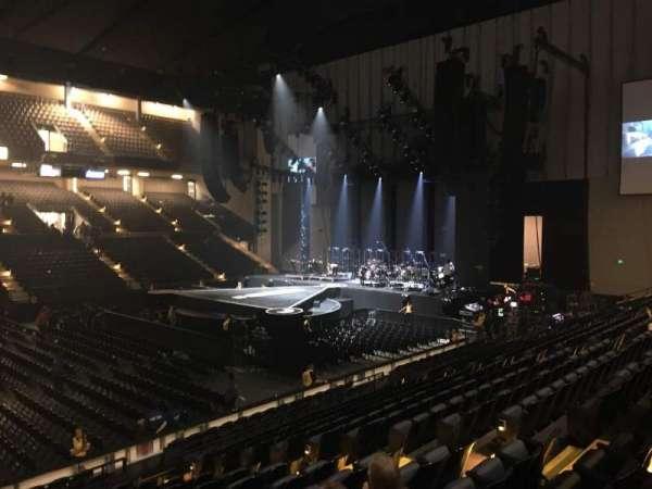 Royal Farms Arena, sección: 210, fila: F, asiento: 210