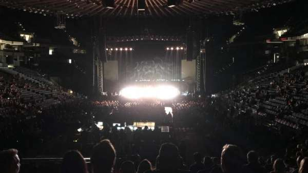 Oracle Arena, sección: 107, fila: 14, asiento: 14