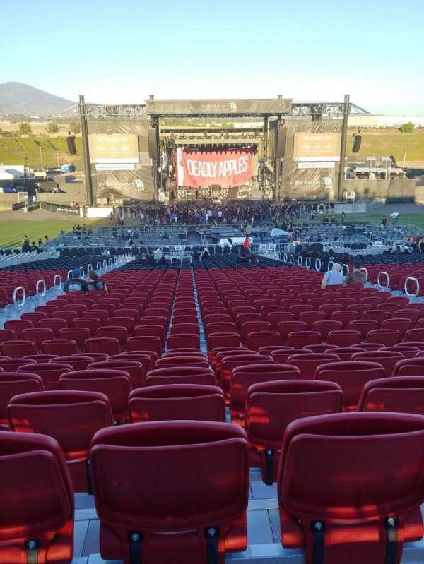 FivePoint Amphitheater, sección: Terrace 304, fila: 41, asiento: 48