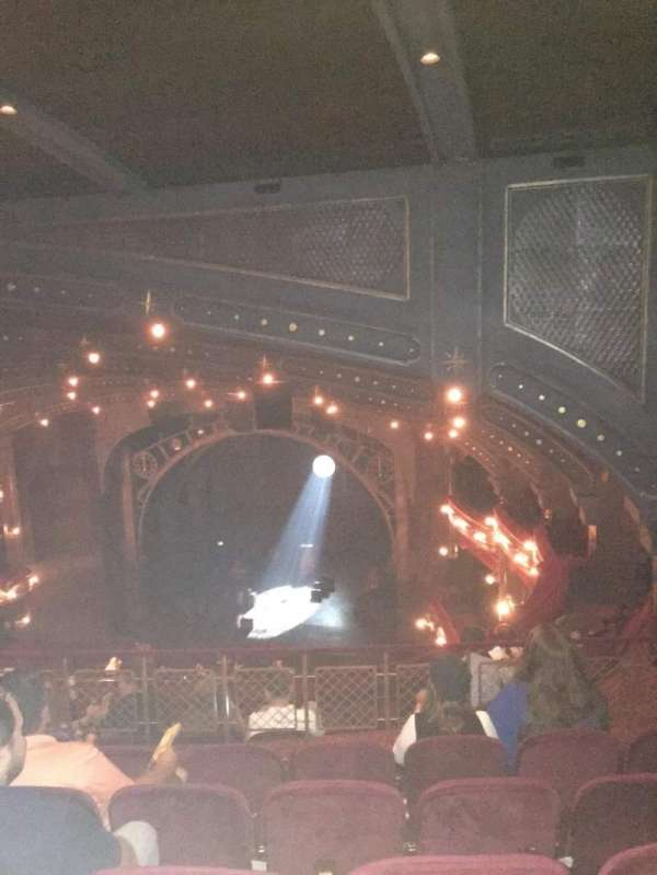 Lyric Theatre, sección: Balcony, fila: G, asiento: 18