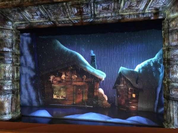 St. James Theatre, sección: Mezzanine, fila: A, asiento: 103