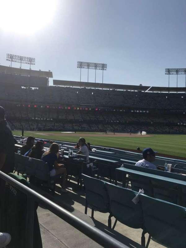 Dodger Stadium, sección: 44FD, fila: A, asiento: 6