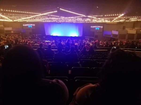 Hulu Theater at Madison Square Garden, sección: 302, fila: L, asiento: 15