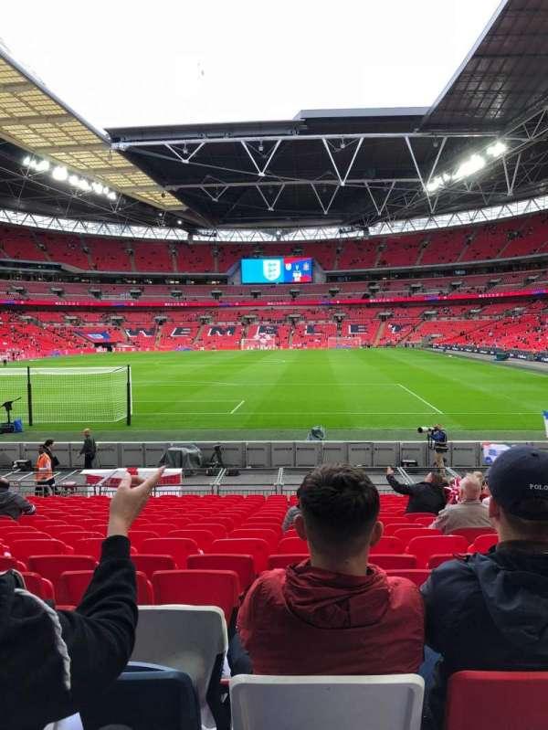 Wembley stadium , sección: 132, fila: 18, asiento: 290