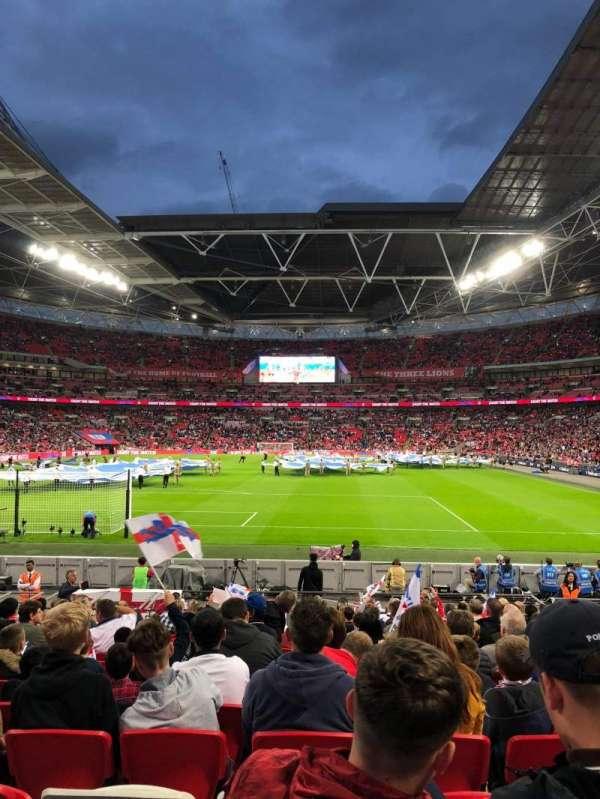 Wembley Stadium, sección: 132, fila: 18, asiento: 290