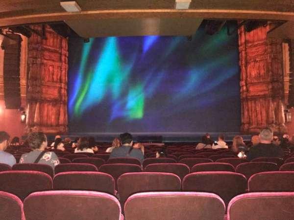 St. James Theatre, sección: Orchestra, fila: O , asiento: 7