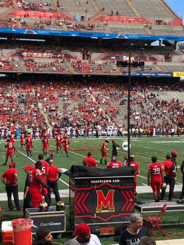 Maryland Stadium, sección: 24, fila: J, asiento: 29