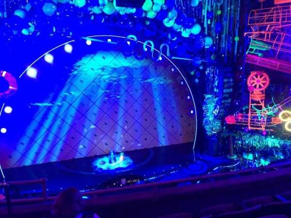 Palace Theatre (Broadway), sección: Mezzanine, fila: C, asiento: 101-102