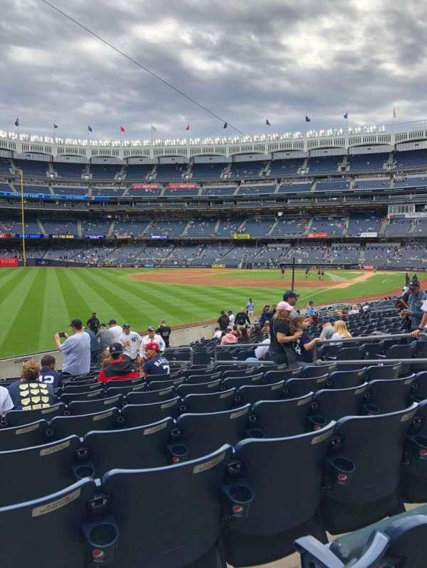 Yankee Stadium, sección: 131, fila: 15, asiento: 9