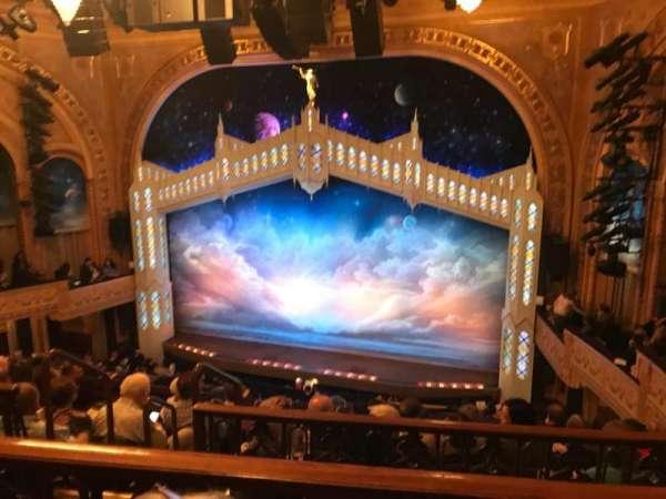 Eugene O'Neill Theatre, sección: Mezz, fila: F, asiento: 124
