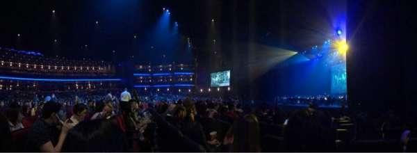 Microsoft Theater, sección: Orch, fila: J, asiento: 112