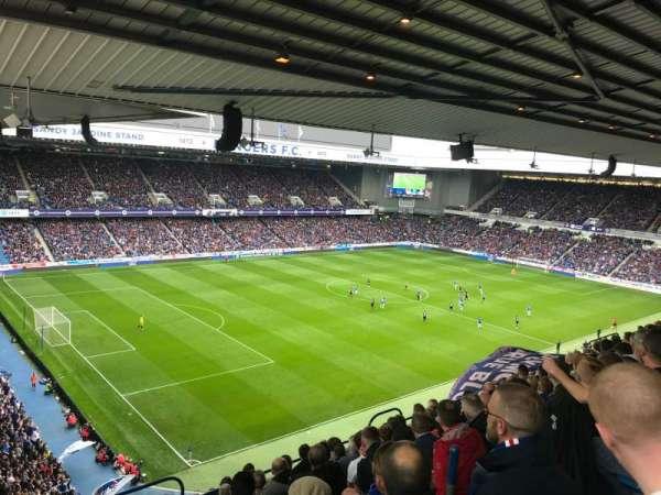 Ibrox Stadium, sección: CD7, fila: K, asiento: 315