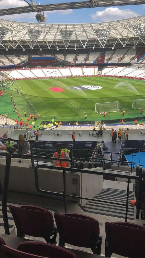 London Stadium, sección: 217, fila: 32, asiento: 342