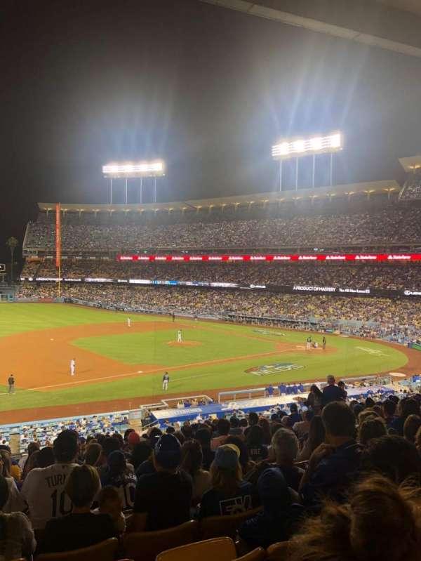 Dodger Stadium, sección: 141LG, fila: O, asiento: 5-6