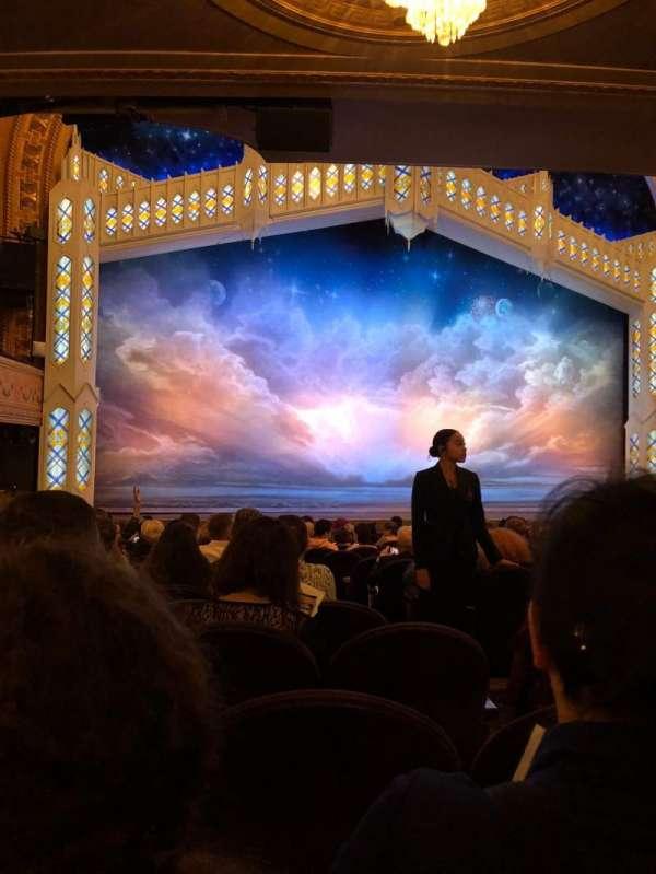Eugene O'Neill Theatre, sección: Orchestra Left, fila: P, asiento: 5