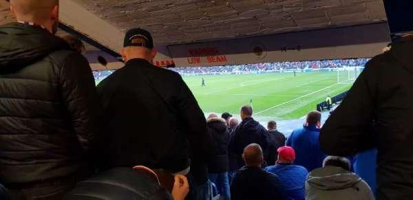 Ibrox Stadium, sección: Se1, fila: X, asiento: 10