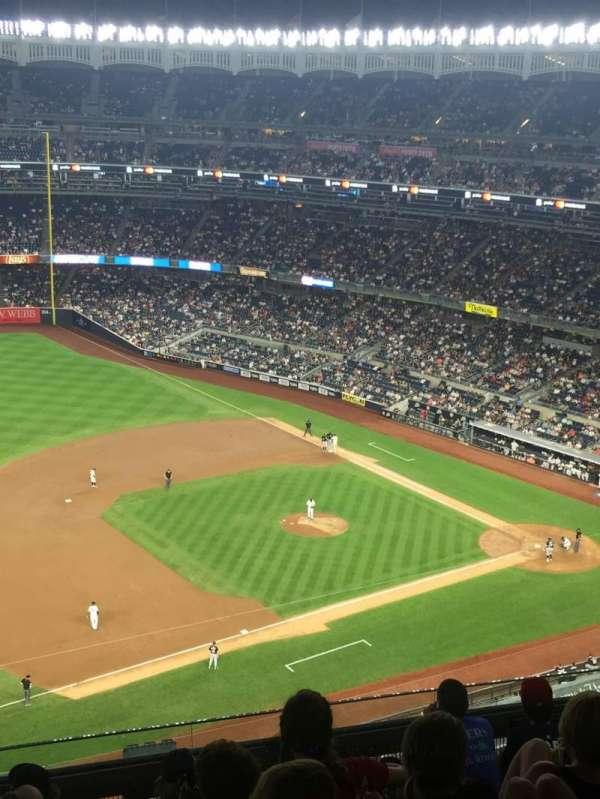 Yankee Stadium, sección: 427, fila: 7, asiento: 10
